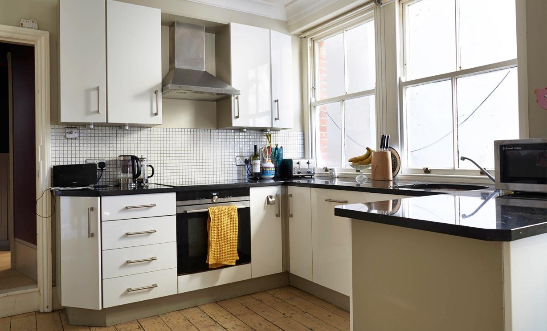 Wilbury Gardens | BN3 | flat to rent | garden | Nash Watson